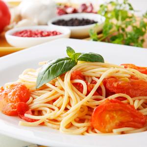 Italian Supper Club – La storia di Toto, dieci anni a Londra, un master, poi l'impresa.