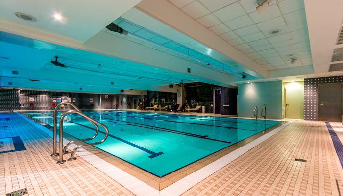 25 Original Swimming Pools London